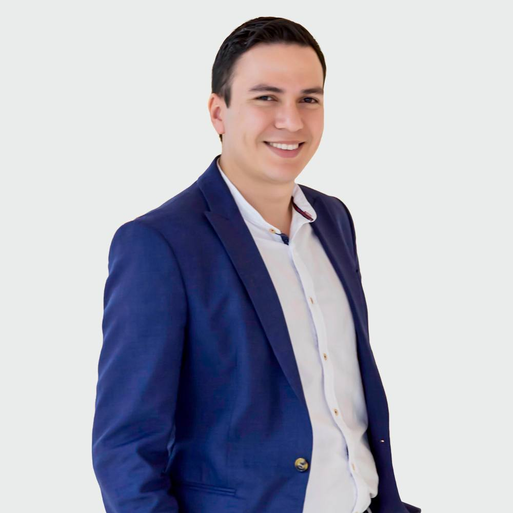 Carlos Medina - Country Manager
